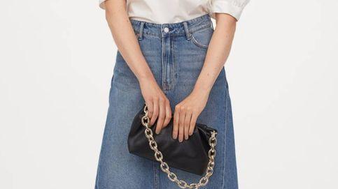 Pierde una talla gracias a esta falda vaquera todoterreno de H&M
