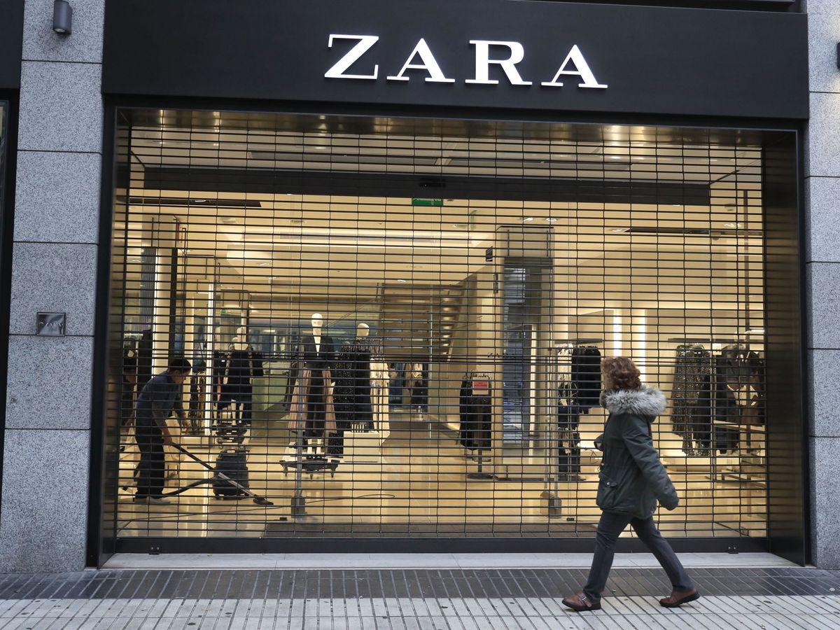 Foto: Vista de una tienda de Zara, que pertenece al grupo Inditex, en Madrid (EFE)