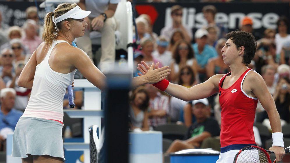 Foto: Carla Suárez se hunde en el último set ante Sharapova y se le escapa la final de Roma