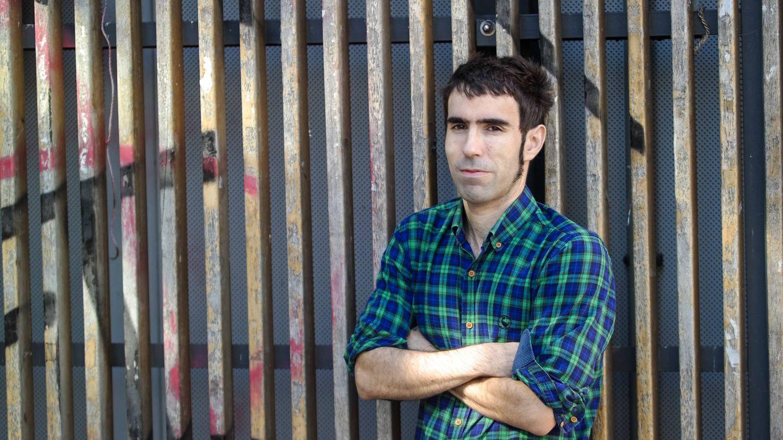 El químico, fotografiado en el centro de Madrid. (Michael McLoughlin)