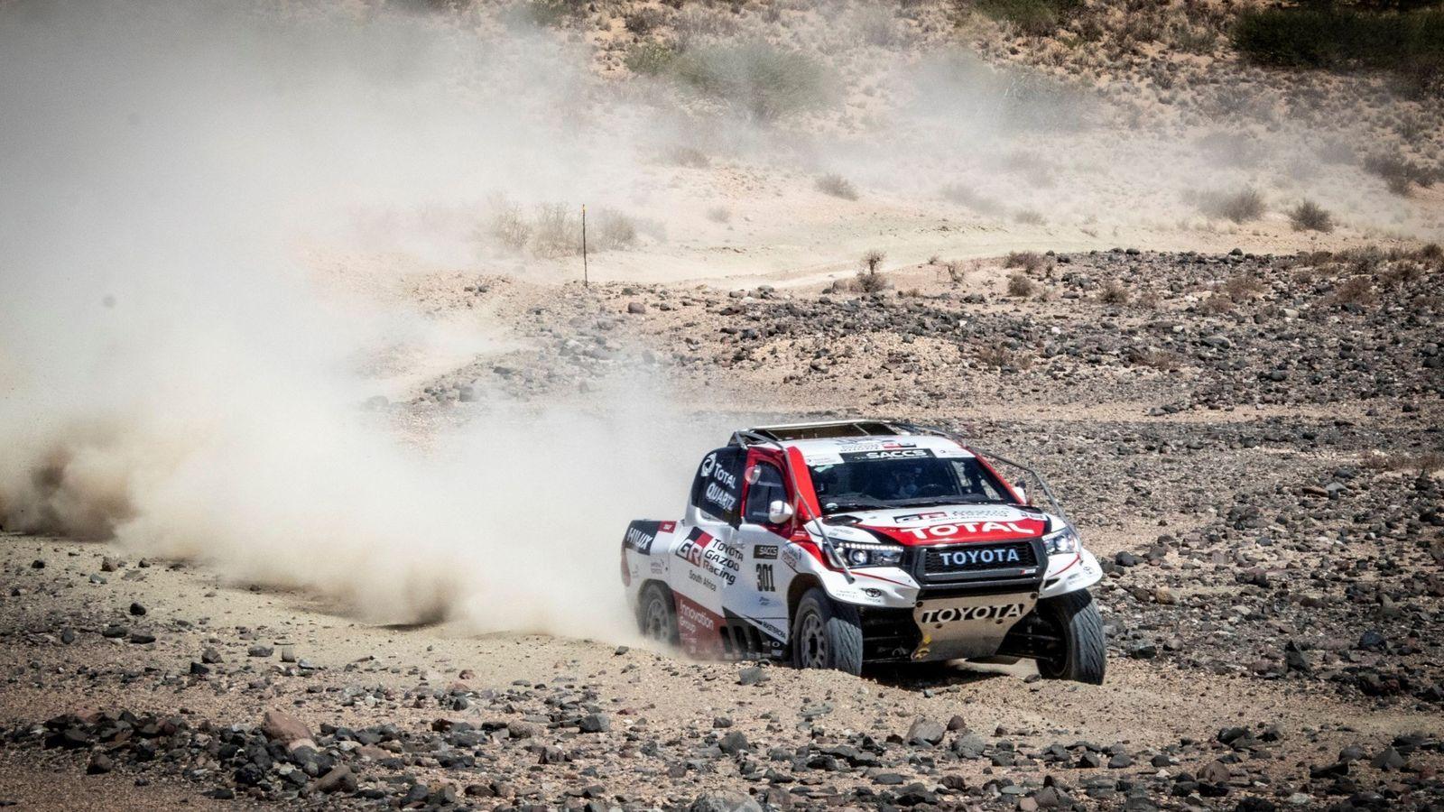 Foto: Fernando Alonso probará de nuevo esta semana el Toyota Hilux en Namibia. (EFE)