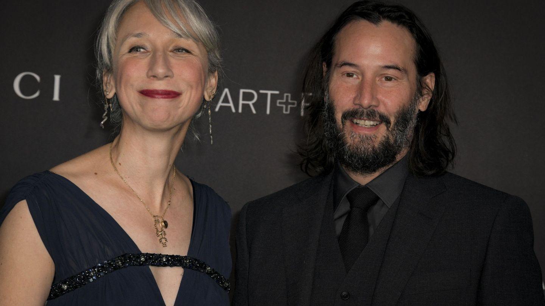 Con su pareja, Alexandra Grant, en una entrega de premios. (EFE)