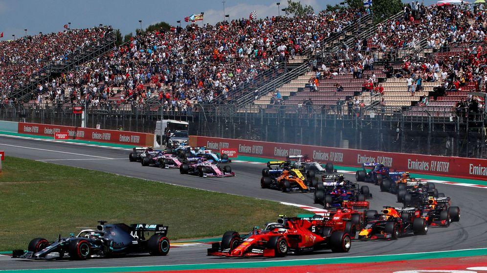 Foto: Salida del pasado Gran Premio de España de F1, el último en confirmarse del calendario 2020. (Reuters)