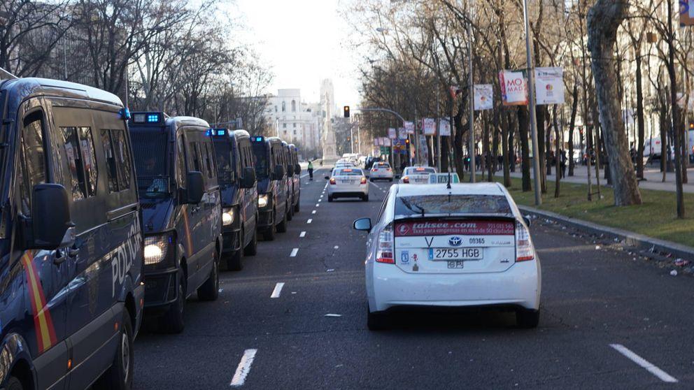 Frenazo al taxi en Madrid: se quedan sin armas ante el plantón de la comunidad