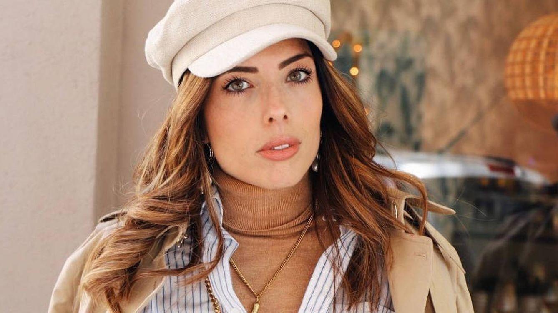 Lidia Bedman elige colores para pasar desapercibida: blanco y camel