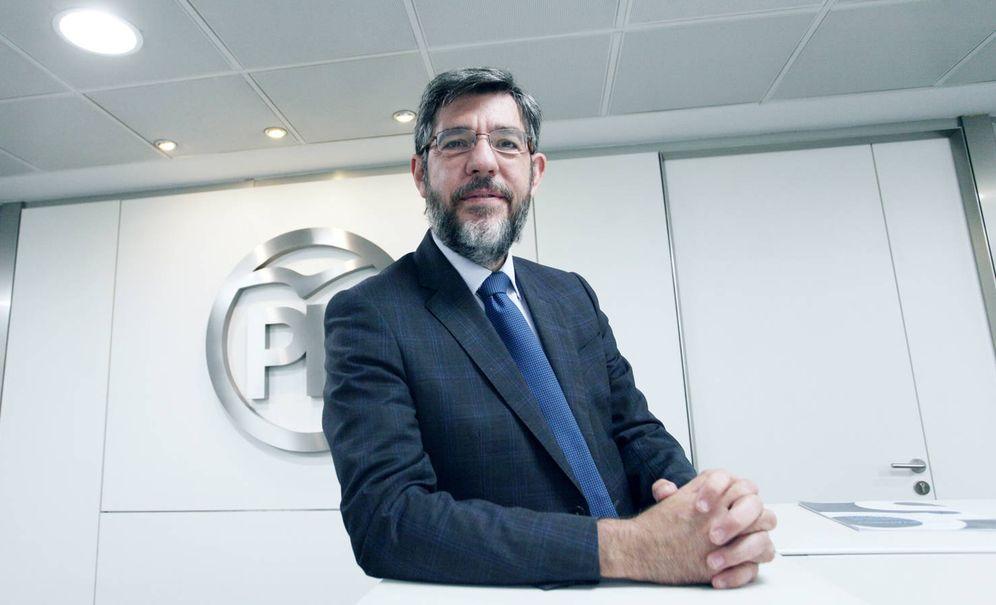 Foto: Alberto Nadal en la sede de Génova del Partido Popular. (Enrique Villarino)