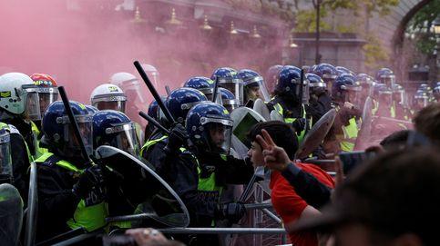 Graves disturbios en Londres entre policías y ultras contrarios al Black Lives Matter