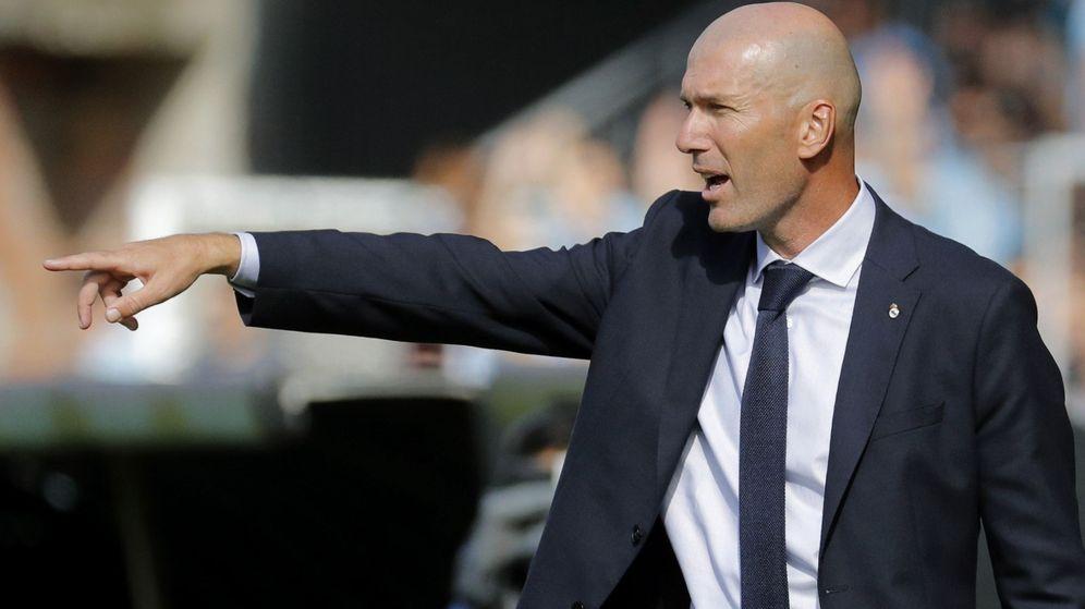 Foto: Zidane dando instrucciones en el partido de ayer. (EFE)