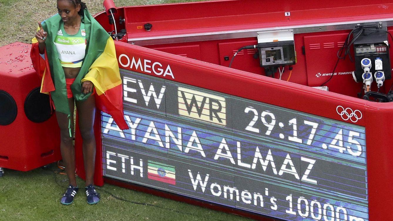 Almaz Ayana pulveriza el récord del mundo en los 10.000 y se lleva el oro en Río 2016