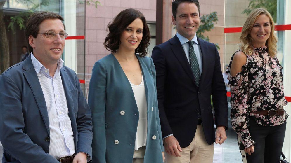 Foto: Ayuso (en el centro), con Teodoro García.
