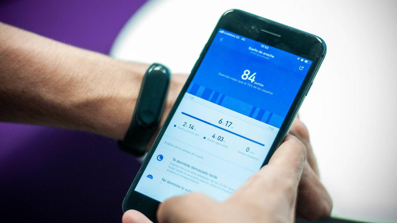 La 'app' Mi Fit mide la calidad del sueño. (C. Castellón)