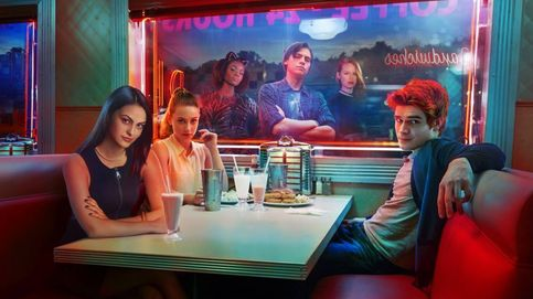 'Riverdale': el refrito adolescente con referencias a 'Gossip Girl o 'Twin Peaks'