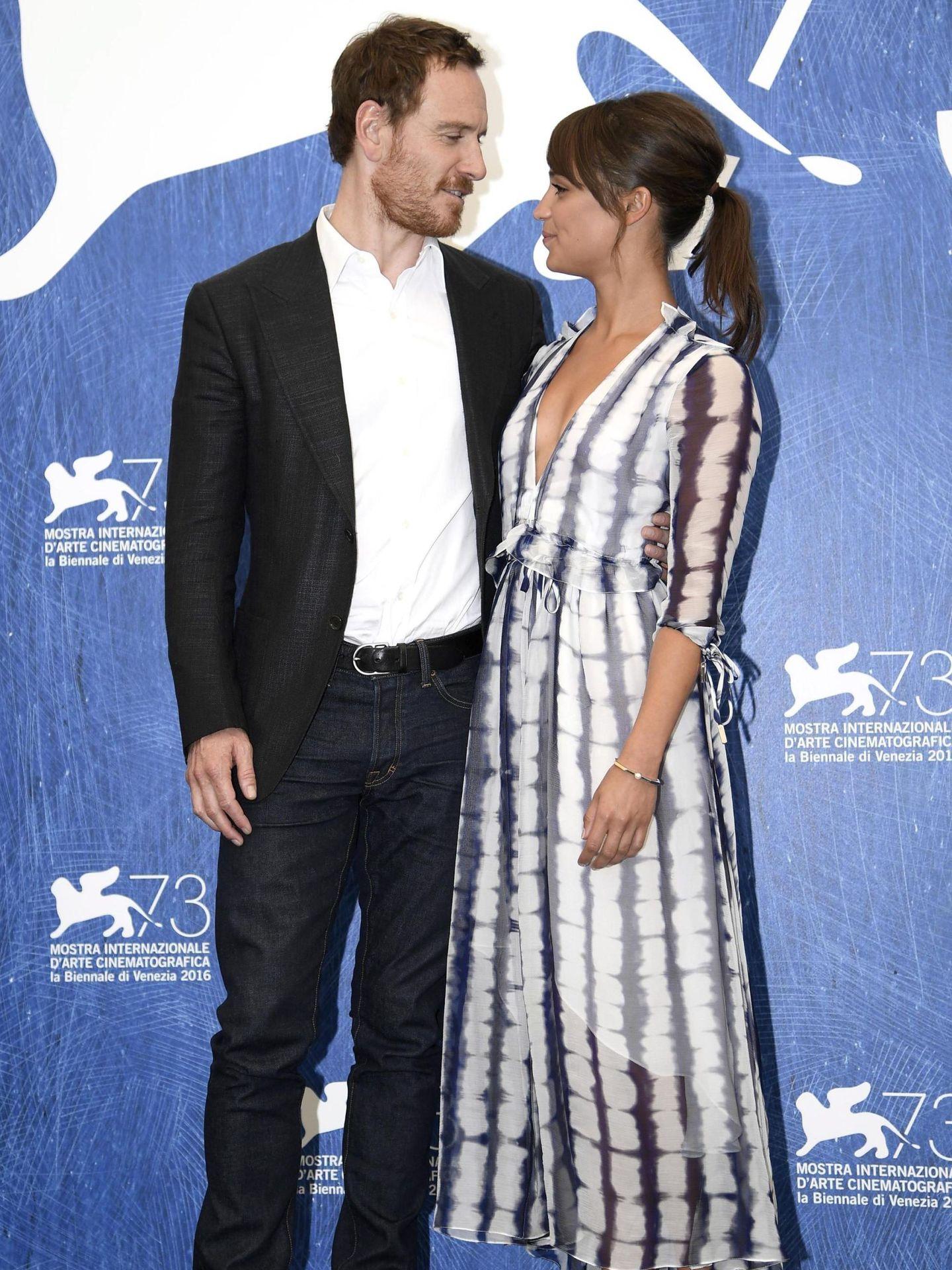 Michael Fassbender y Alicia Vikander, en el Festival de Cine de Venecia de 2016. (EFE)