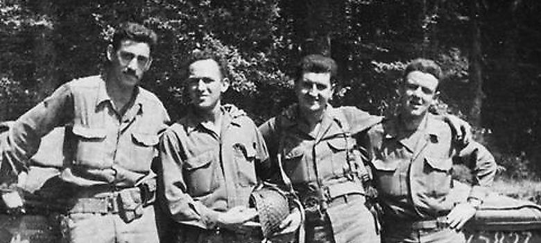 Foto: Salinger después de la invasión de Normandía (The Weinstein Company)