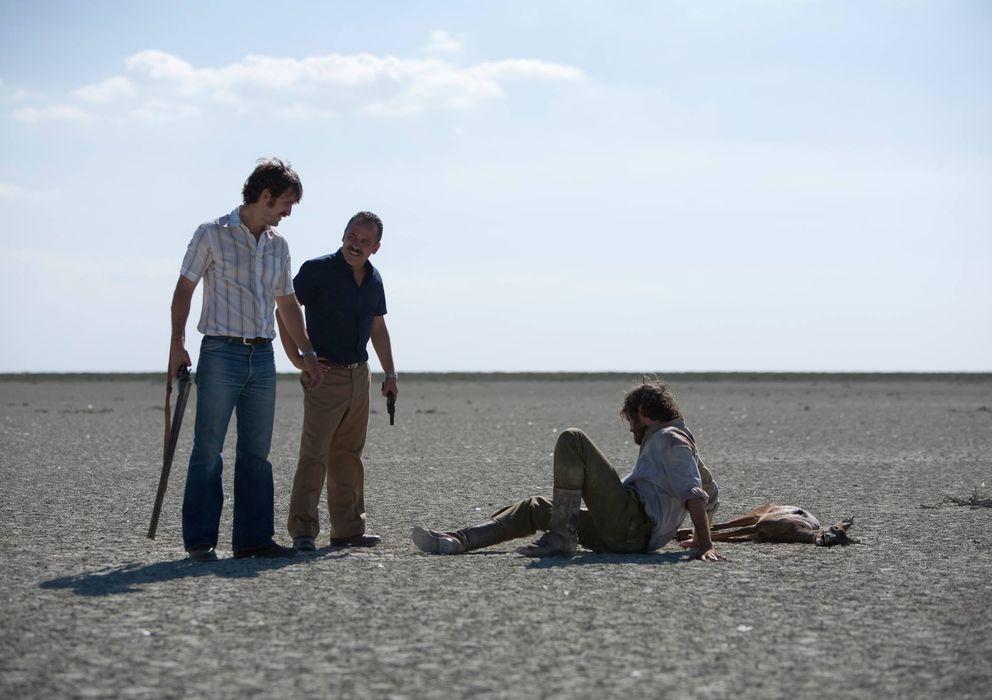 Foto: Raúl Arévalo y Javier Gutiérrez, en una escena de 'La isla mínima'.