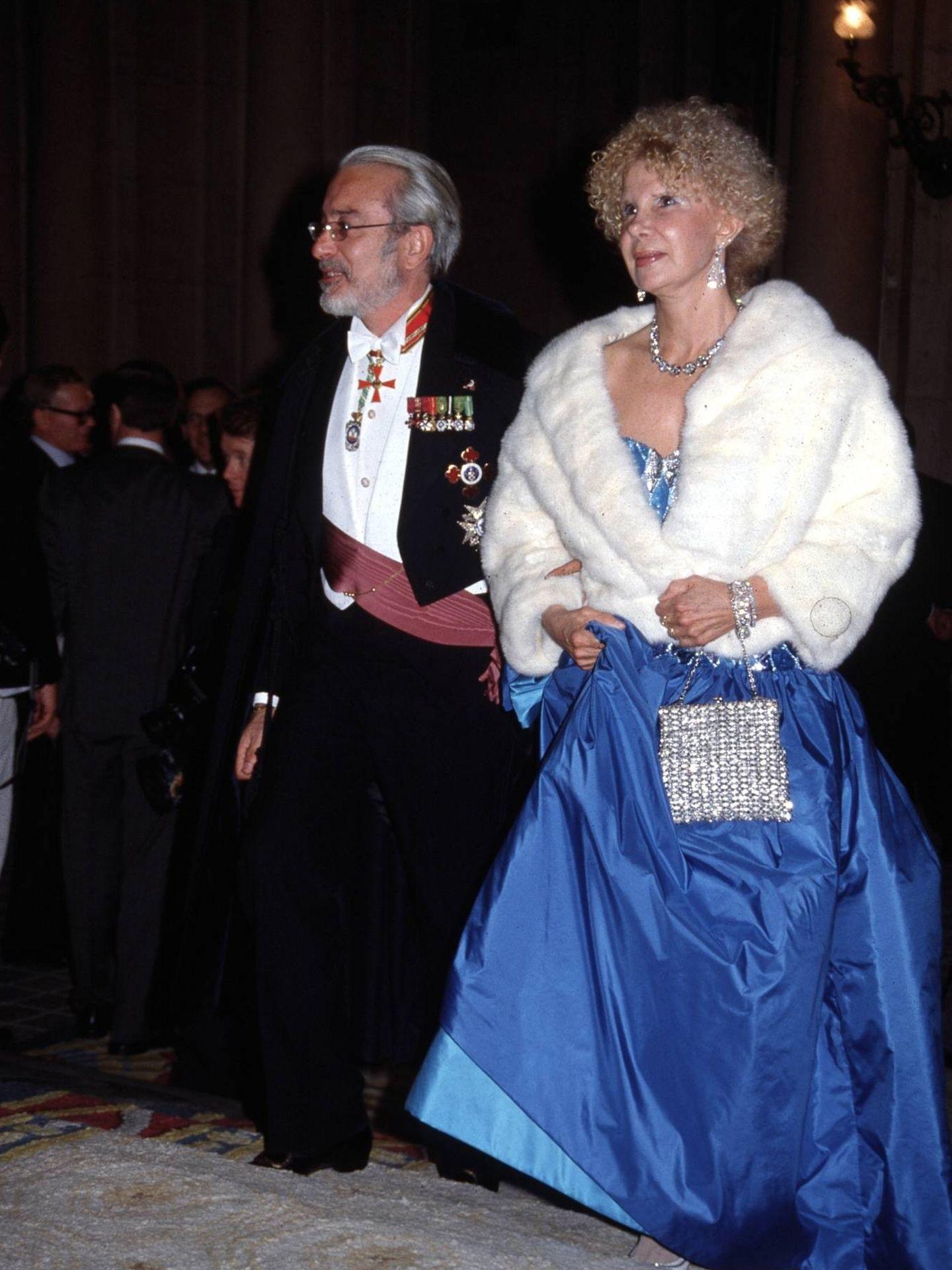 La duquesa de Alba y Jesús Aguirre. (Cordon Press)
