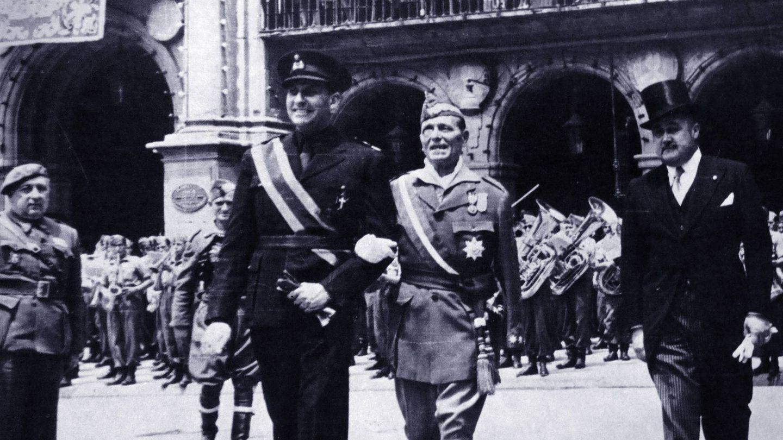 Nicolás Franco (a la derecha), hermano del dictador, era el embajador español en Portugal. (Cordon Press)