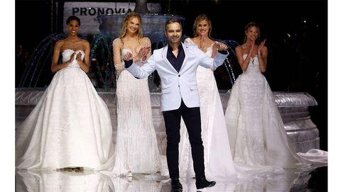 Martha Hunt, Romee Strijd, Cindy Bruna... El desfile de la nueva Colección Atelier Pronovias 2018 se llena de ángeles