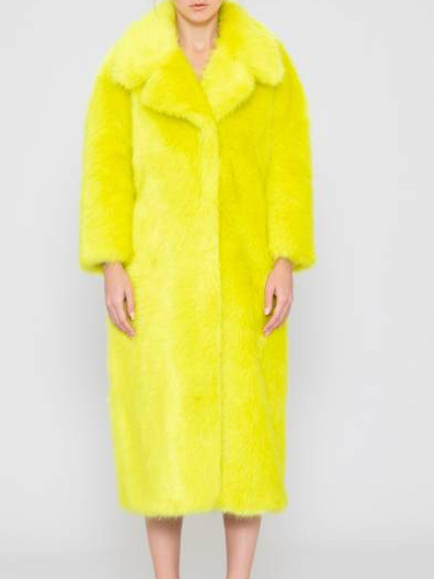 El abrigo de Silvian Heach.