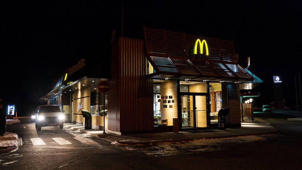 Foto: El joven volvió al McDonalds, donde le estaba esperando la policía