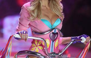 Victoria's Secret le corta las alas a Jessica Hart por criticar a Taylor Swift