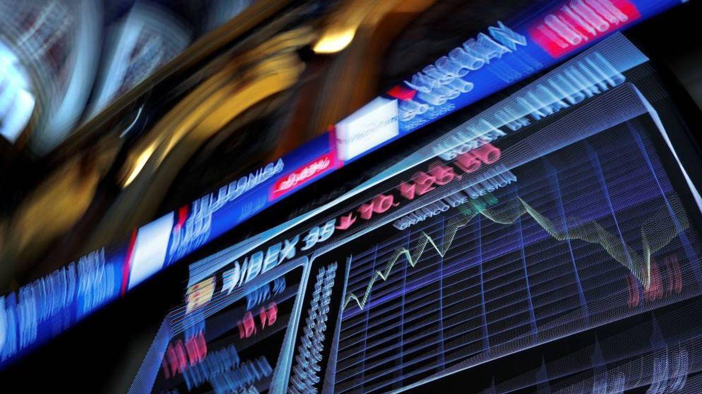 Aun más 'amarrateguis': la inestabilidad en bolsa dispara el interés por el mínimo riesgo