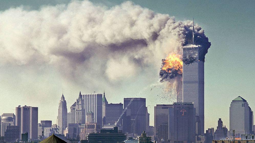 Foto: Explosión del segundo avión contra las Torres Gemelas, el 11 de septiembre de 2001. (Foto: Wikimedia Commons)