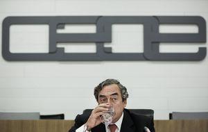 CEOE pisa terreno institucional al ICEX con su división internacional