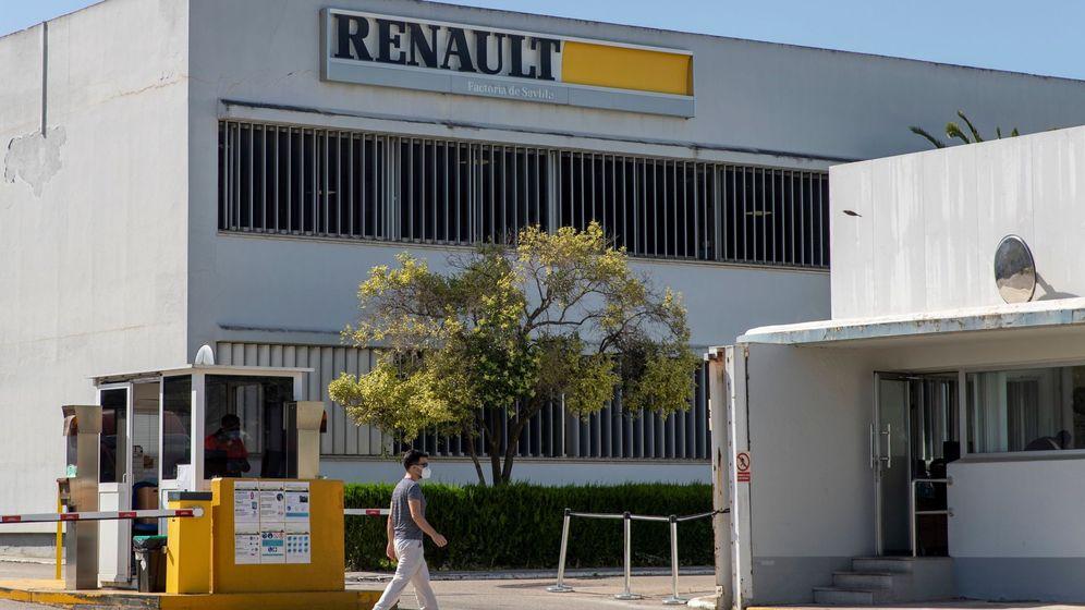 Foto: Plante de Renault en Sevilla (EFE)