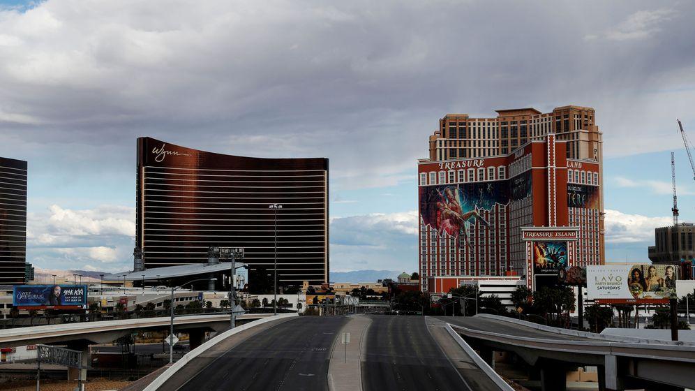 Foto: Las calles de Las Vegas también se han quedado vacías por el coronavirus (Reuters/Shannon Stapleton)