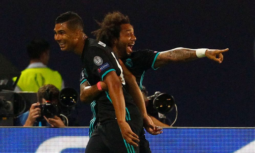 Foto: Casemiro celebra con Marcelo el gol que abrió el marcador. (Reuters)