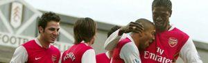 Cesc y Almunia pujan por el liderato y Arteta pone cuarto al Everton