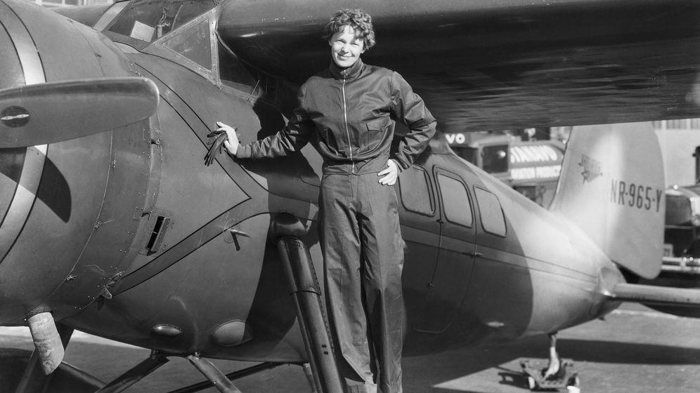 Foto: La aviadora norteamericana Amelia Earhart, en 1937. (Corbis)