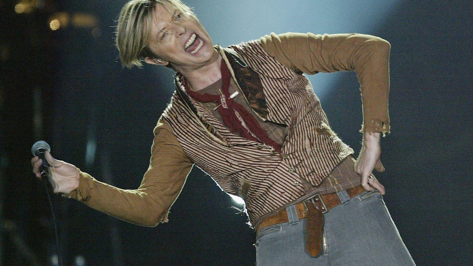 Foto: Bowie, en un concierto de 2003. (Getty)