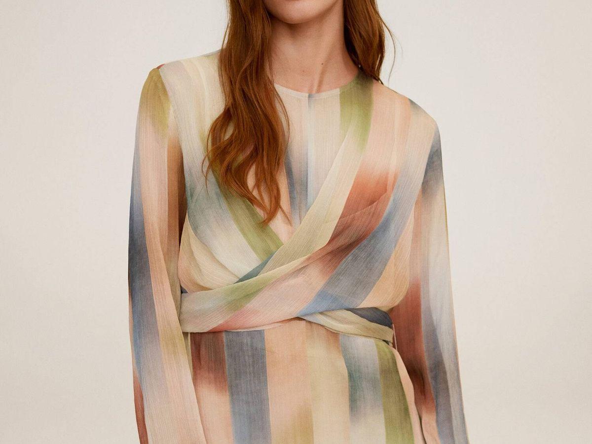 Foto: Vestido de rayas de Mango. (Cortesía)