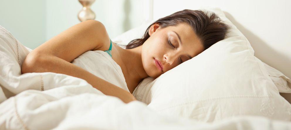 Foto: El mejor lugar para dormir la siesta es en la cama. (Corbis)