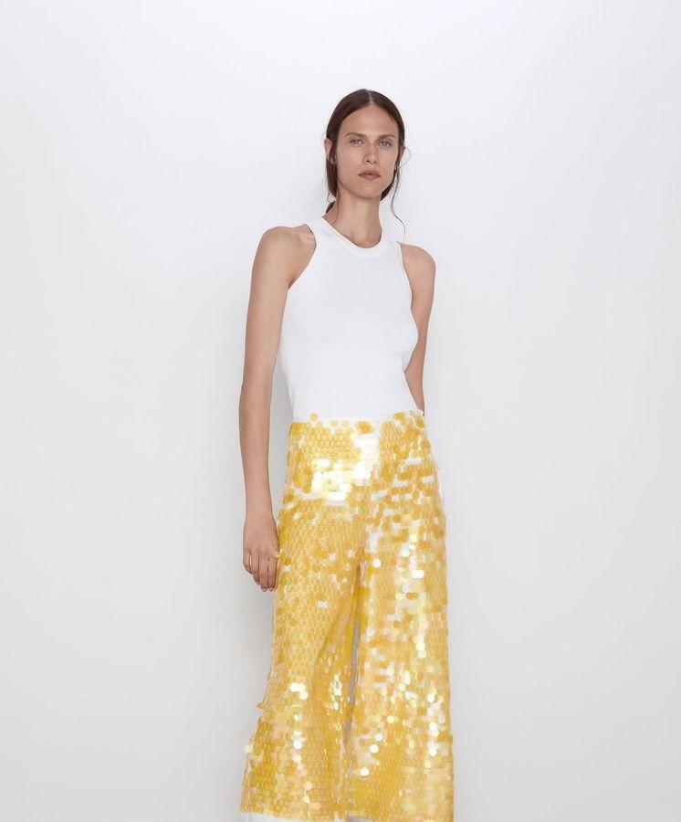 Foto: Rompe mitos sobre la moda con este pantalón de fantasía. (Cortesía)