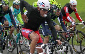 'Purito' Rodríguez marca músculo en casa para imponerse a Contador