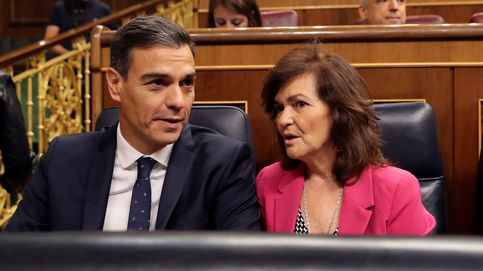 El atasco parlamentario imposibilita a Sánchez sacar a Franco este año