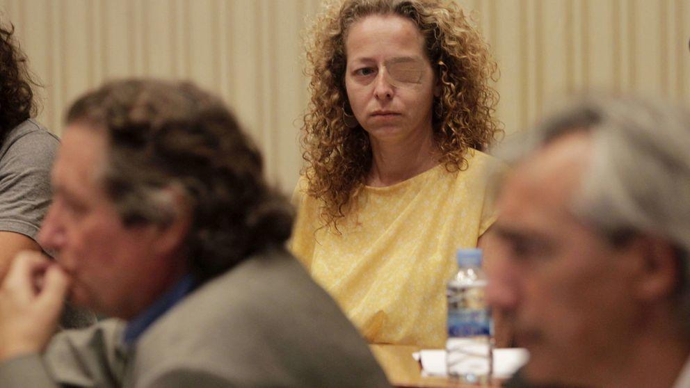 Absuelven a los dos mossos acusados de dejar tuerta a Ester Quintana