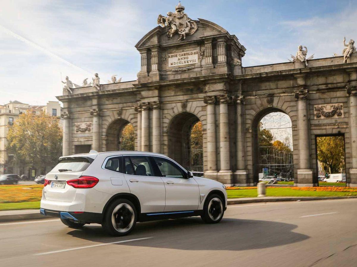 Foto: Imagen de la toma de contacto con el nuevo BMW iX3 realizada en Madrid a principios del mes de diciembre.