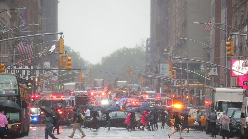 Un helicóptero se estrella en la azotea de un edificio en Nueva York