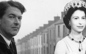 Kingsley Amis, el escritor que tenía sueños húmedos con la reina Isabel