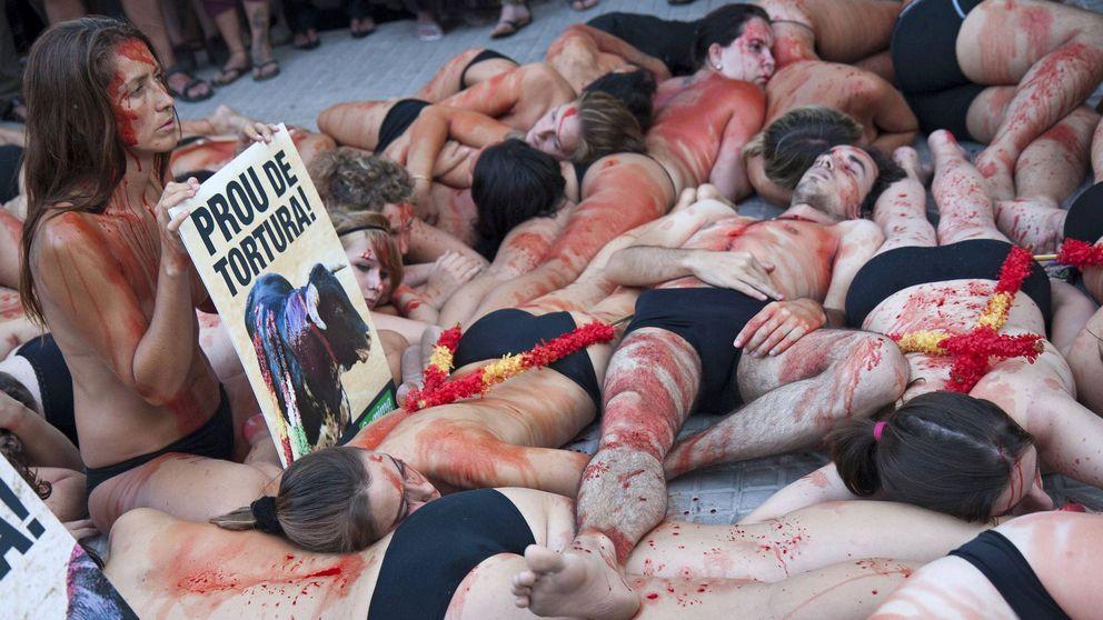 Presentan 130.000 firmas contra la tauromaquia en Baleares