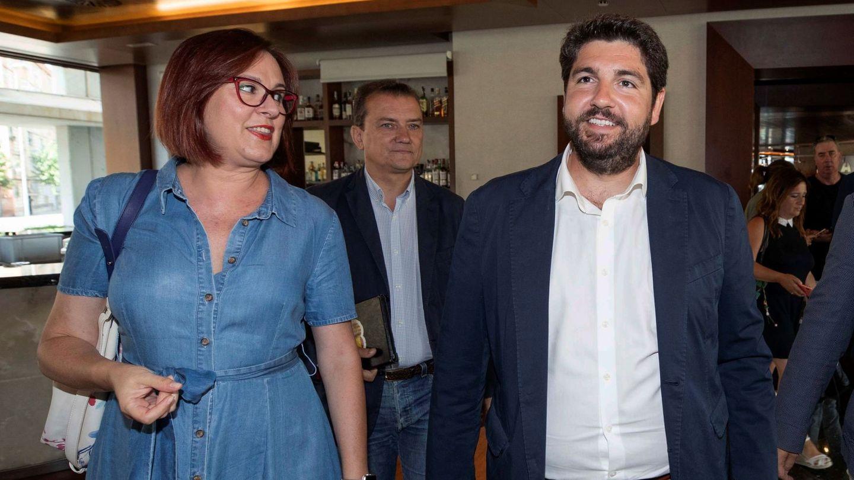 El presidente de Murcia, Fernando López Miras, y la vicepresidenta, Isabel Franco. (EFE)