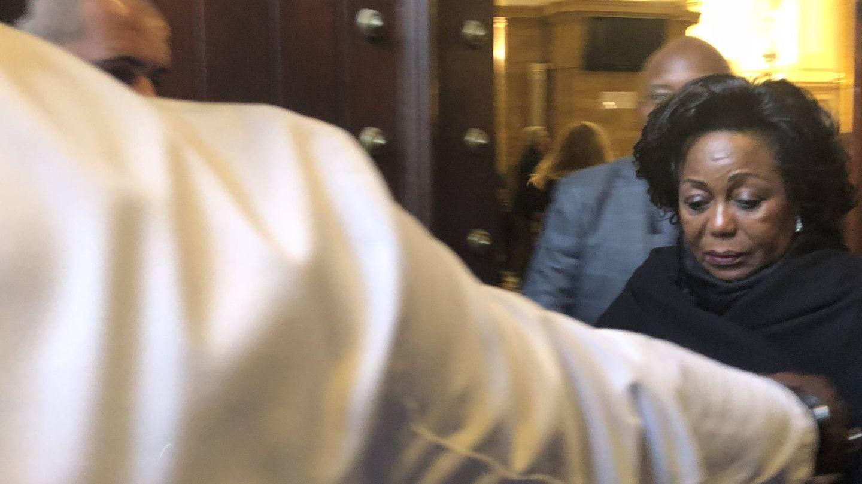 La presidenta del Congo a la salida de la iglesia. (VA)