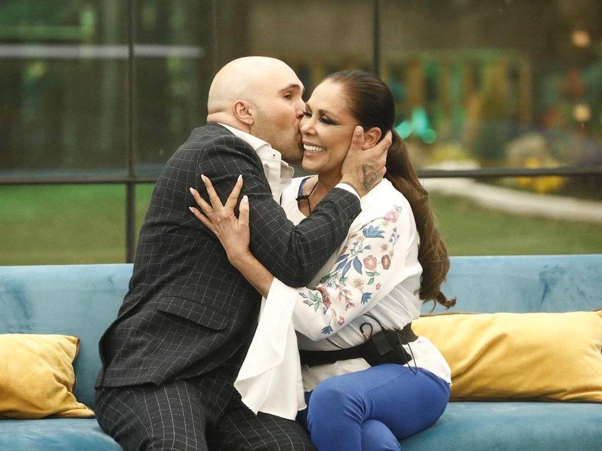 Foto: Isabel Pantoja y Kiko Rivera, en 'GH Dúo'. (Telecinco)