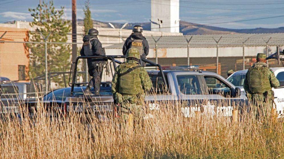 Foto: El Ejército acudió a la cárcel para controlar la situación. (EFE)