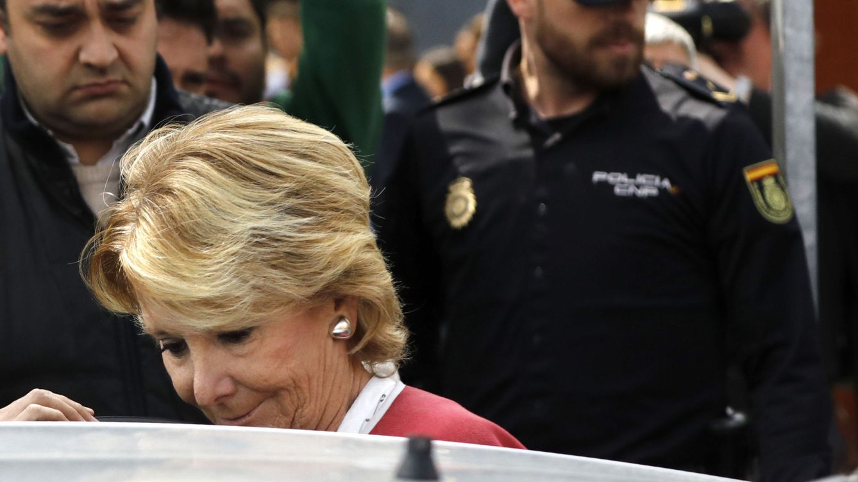 Foto: Aguirre anuncia su dimisión tras no encontrar apoyo del PP una semana después de la detención de Ignacio González (EFE)
