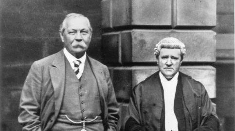 Así Arthur Conan Doyle hizo de Sherlock Holmes, investigó y salvó a un inocente